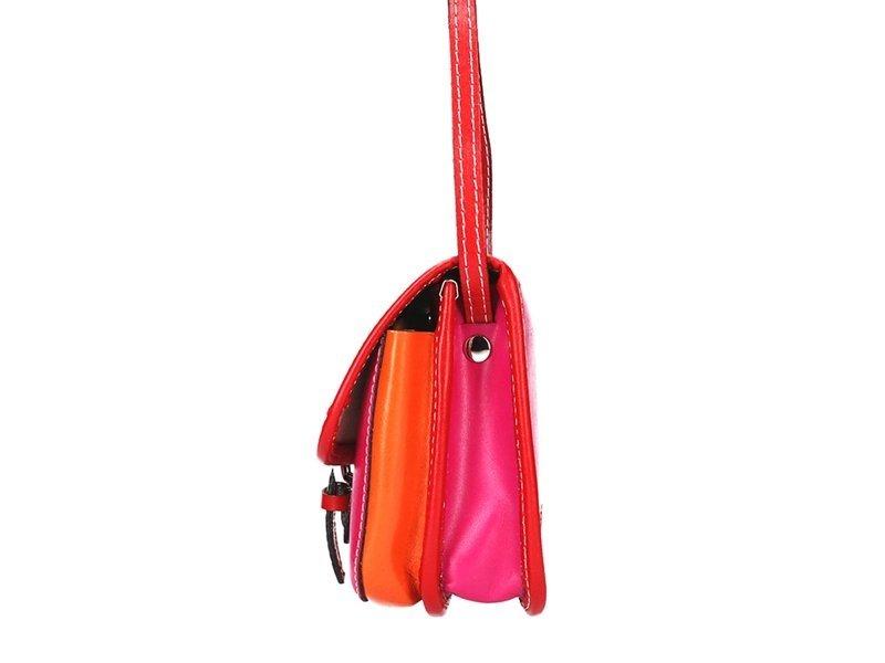 Kožená malá dámská crossbody kabelka růžová