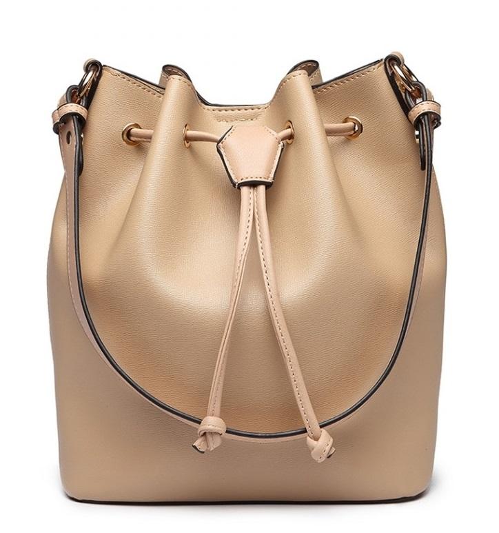Meruňková dámská moderní kabelka ve tvaru vaku Miss Lulu