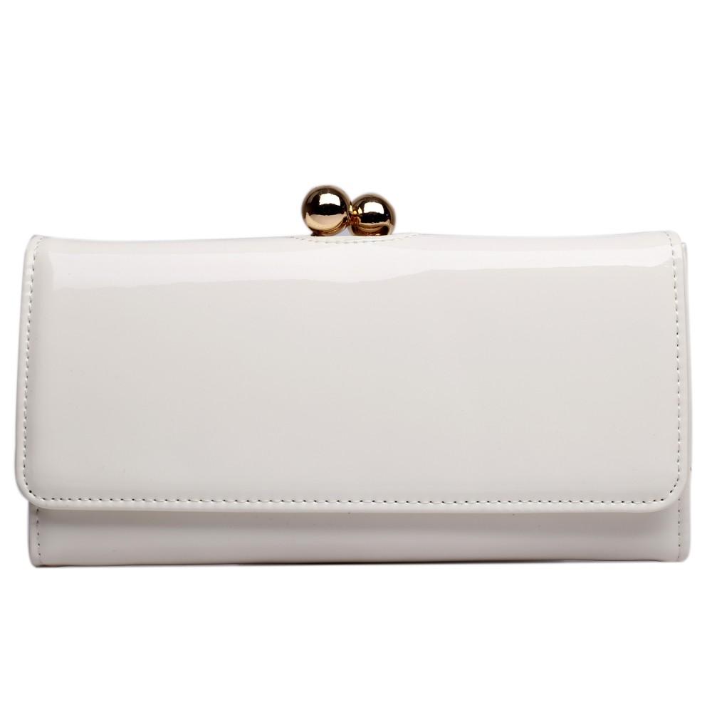 Módní dámská peněženka béžová lakovaná Miss Lulu