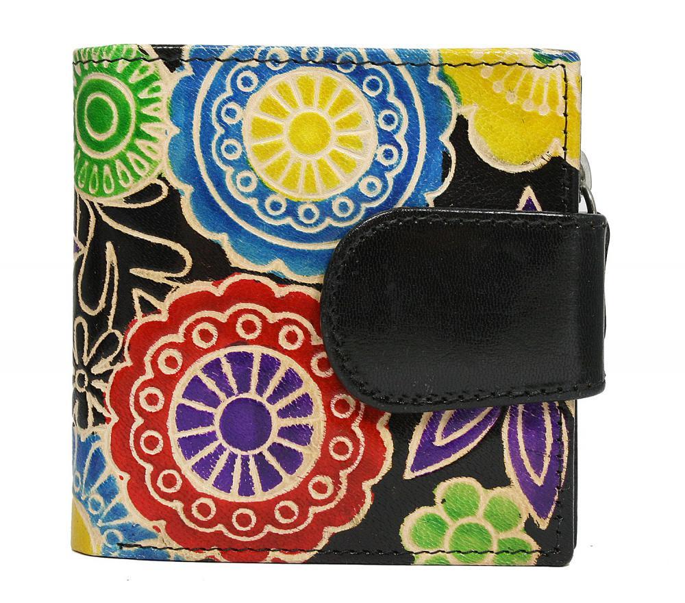 Malá černá designová dámská kožená peněženka