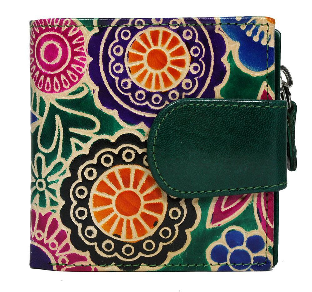 Malá zelená designová dámská kožená peněženka