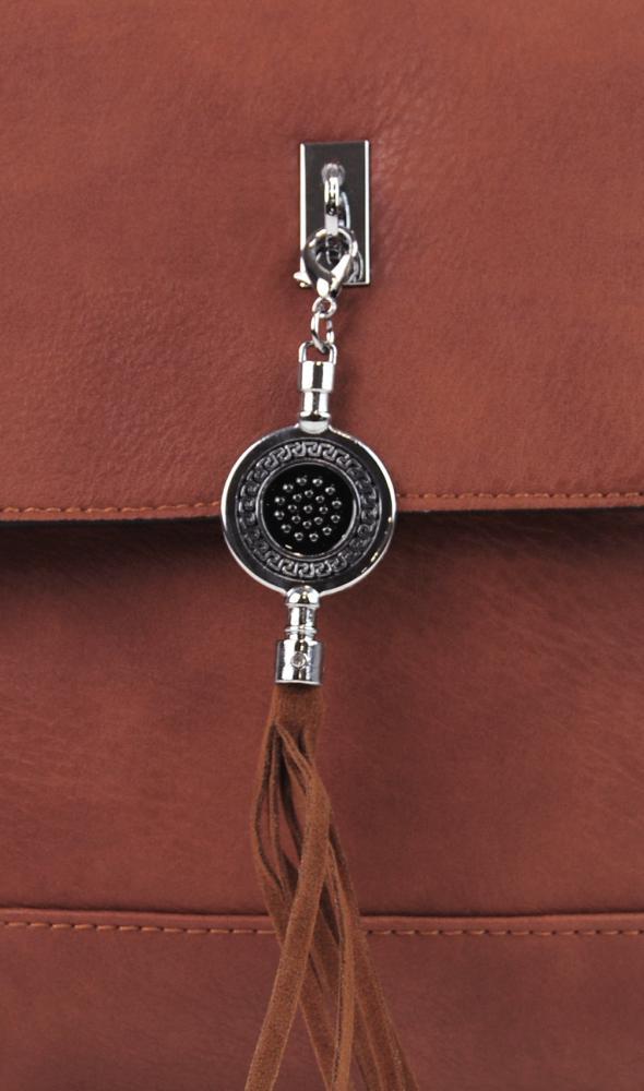 Menší crossbody kabelka s přívěskem 1993-BB růžová