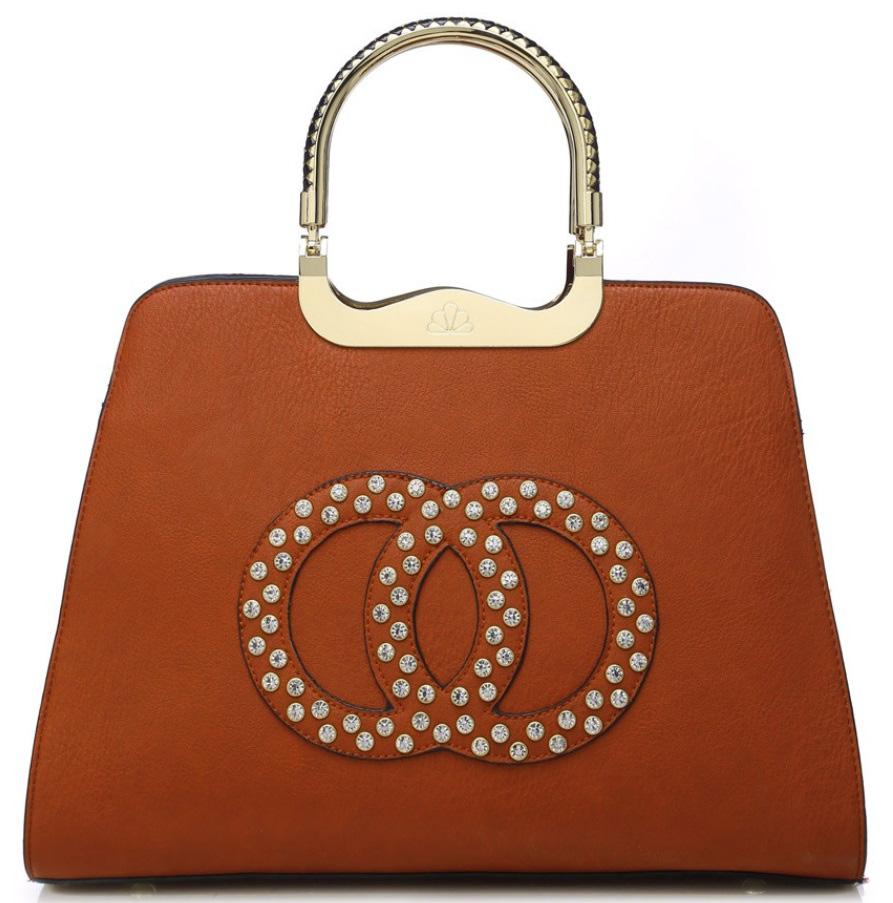 Módna hnedá kabelka s ozdobnými kruhmi K2628