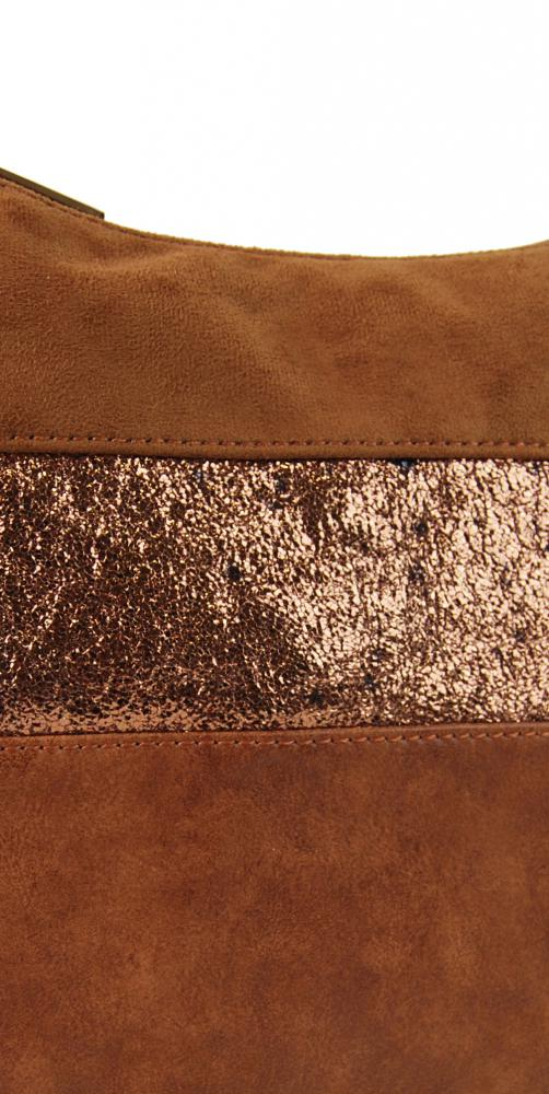 Elegantná hnedá menšia crossbody kabelka so zlatými doplnkami 2765-BB