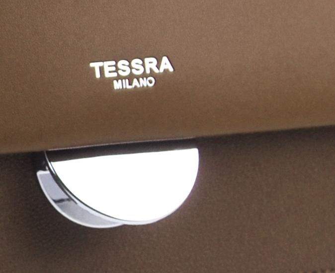Tmavě hnědá menší crossbody dámská kabelka s klopou 4995-TS