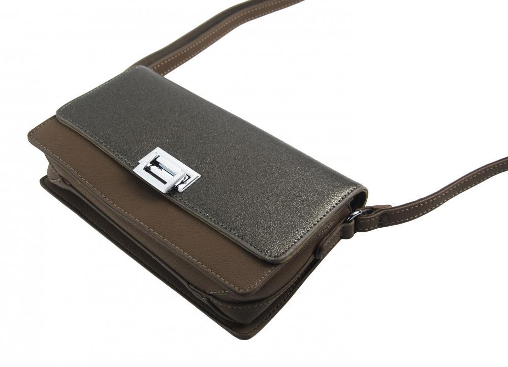 Prírodne hnedá pozdĺžna crossbody dámska kabelka s tromi oddielmi 4997-BB