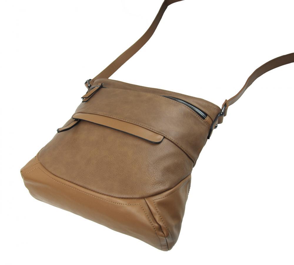 Camel hnedá crossbody dámska kabelka strednej veľkosti T5069