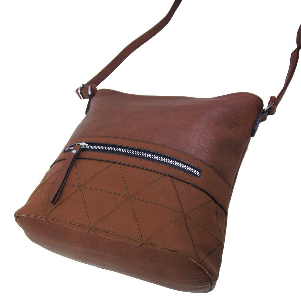 Väčšia crossbody dámska kabelka hnedá s čelným vreckom NH8101