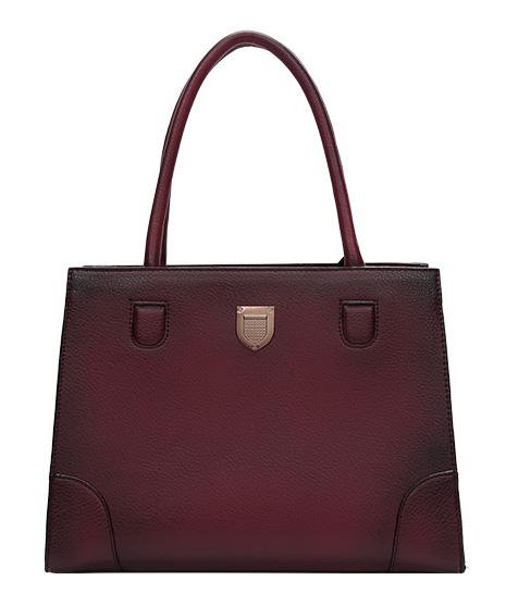 DIANA & CO Stínovaná prostorná dámská kabelka bordová