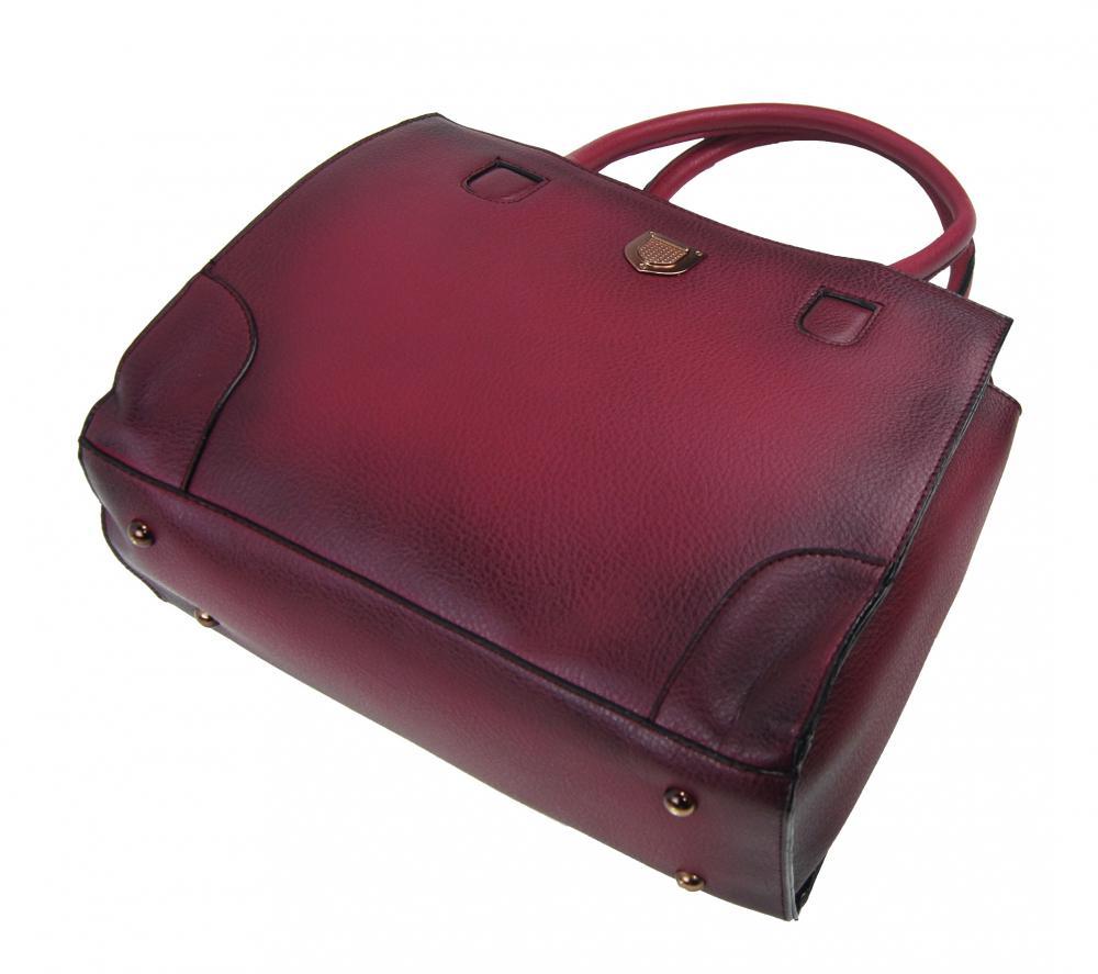 DIANA & CO Tieňovaná priestranná dámska kabelka čierna
