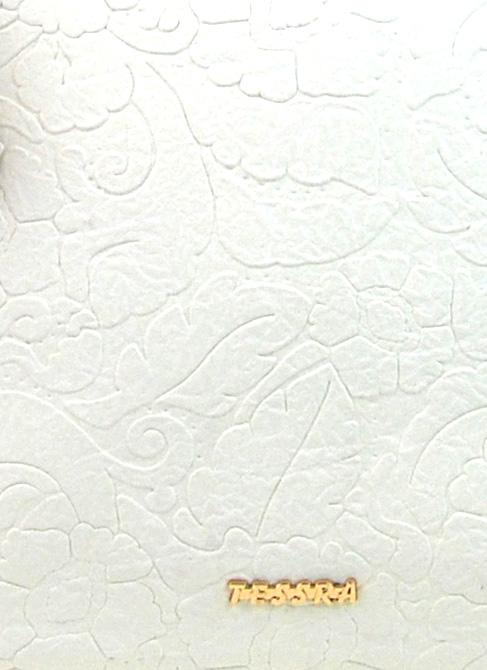 Moderní velká bílá kabelka s potiskem květin 4257-TS