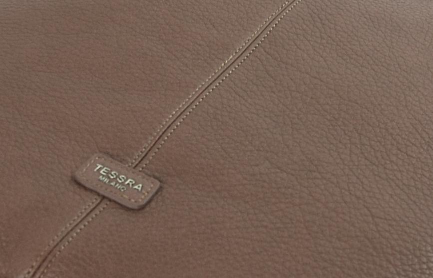 Moderná ílová hnedá dámska kabelka cez plece 5064-TS