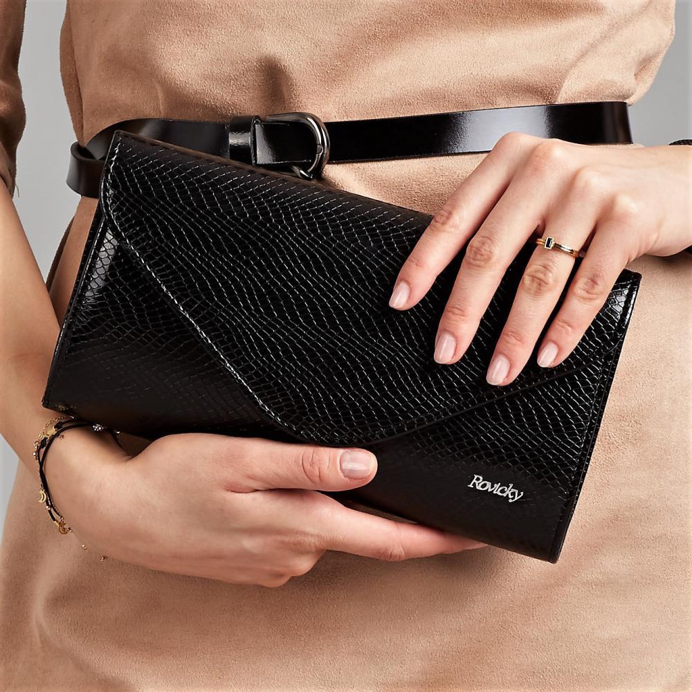 Čierna dámska listová kabelka v hadej koži W35 ROVICKY