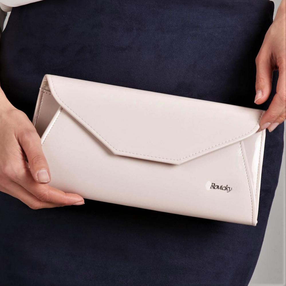 Púdrová lakovaná dámska listová kabelka W55 ROVICKY