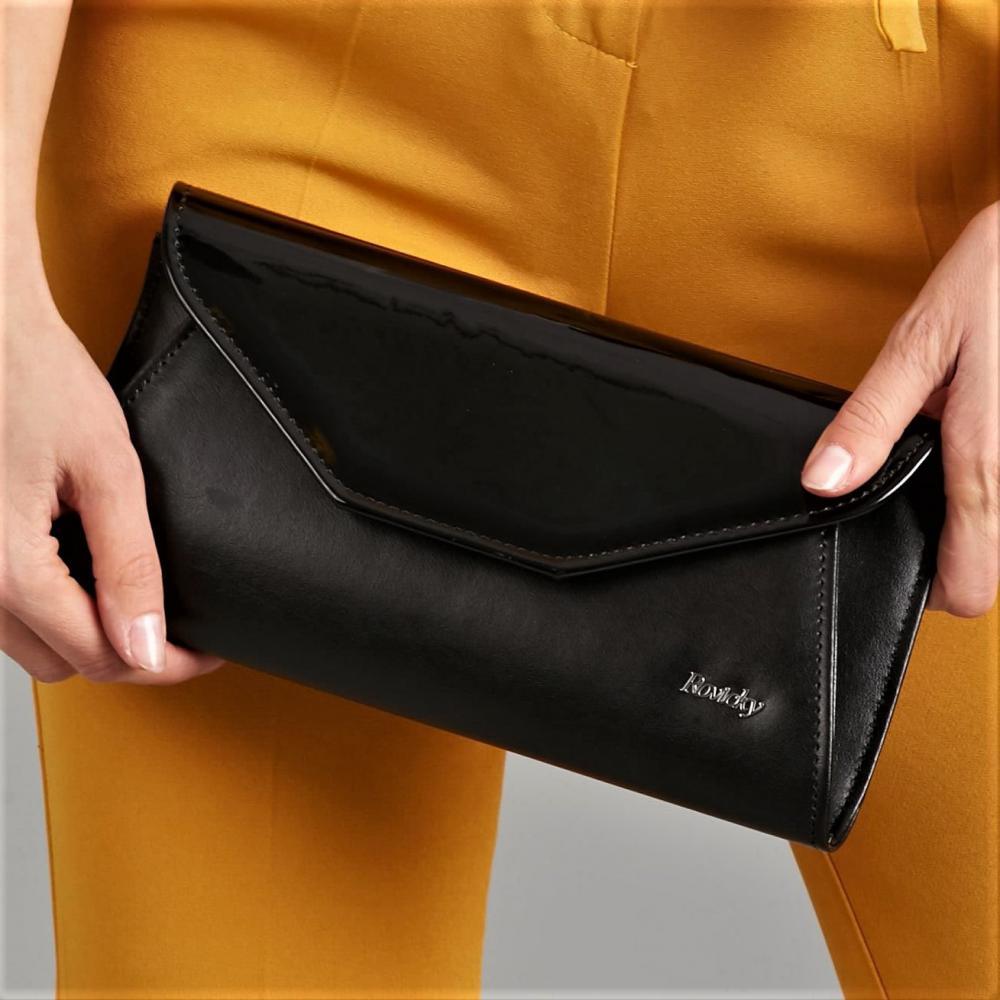 Čierna pololakovaná dámska listová kabelka W55 ROVICKY