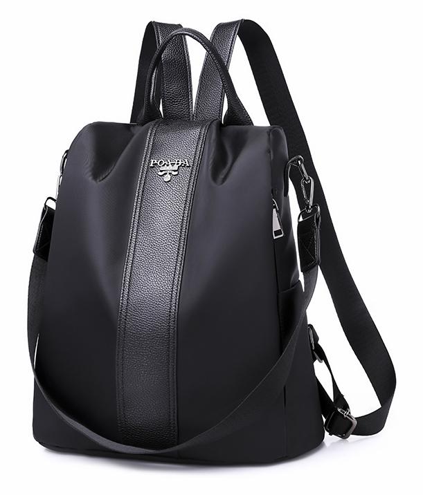 Černý lehký dámský batůžek / kabelka přes rameno
