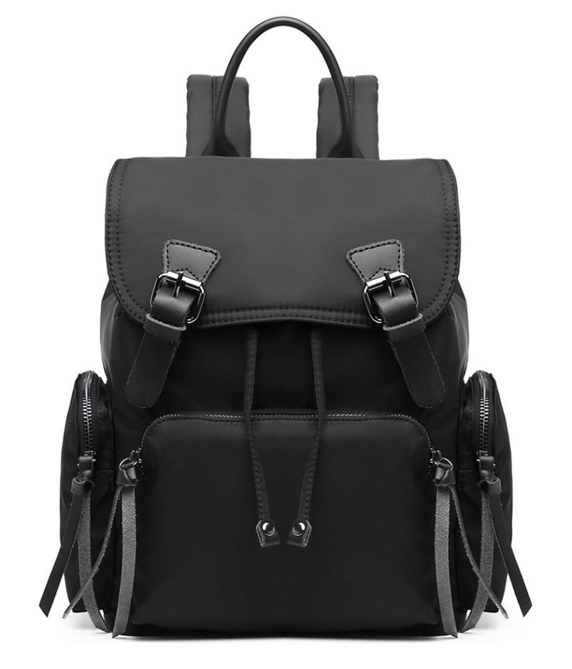 Lehký černý elegantní dámský batoh Miss Lulu