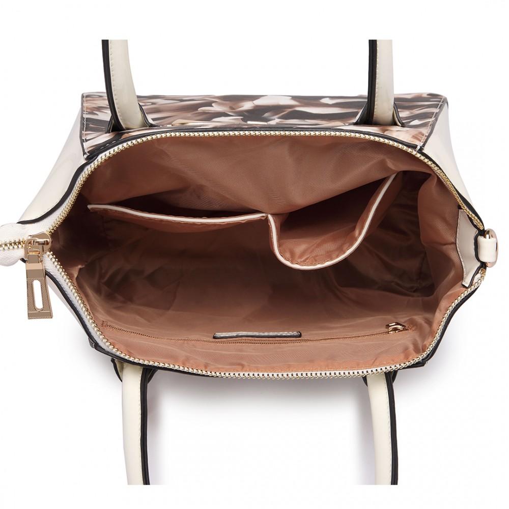 Moderní béžová lakovaná kabelka s kávovými květy Miss Lulu