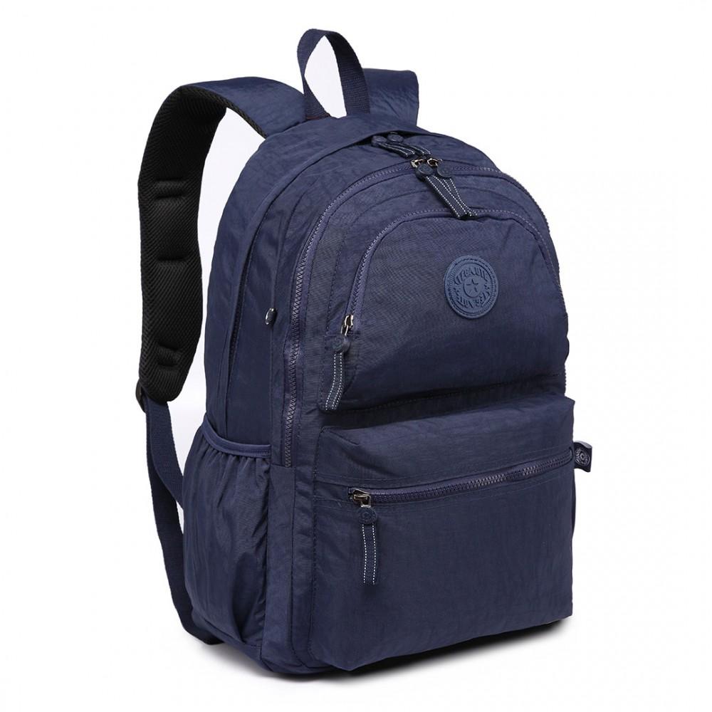 Kvalitný tmavo modrý batoh s vodoodpudivou povrchovou úpravou Miss Lulu
