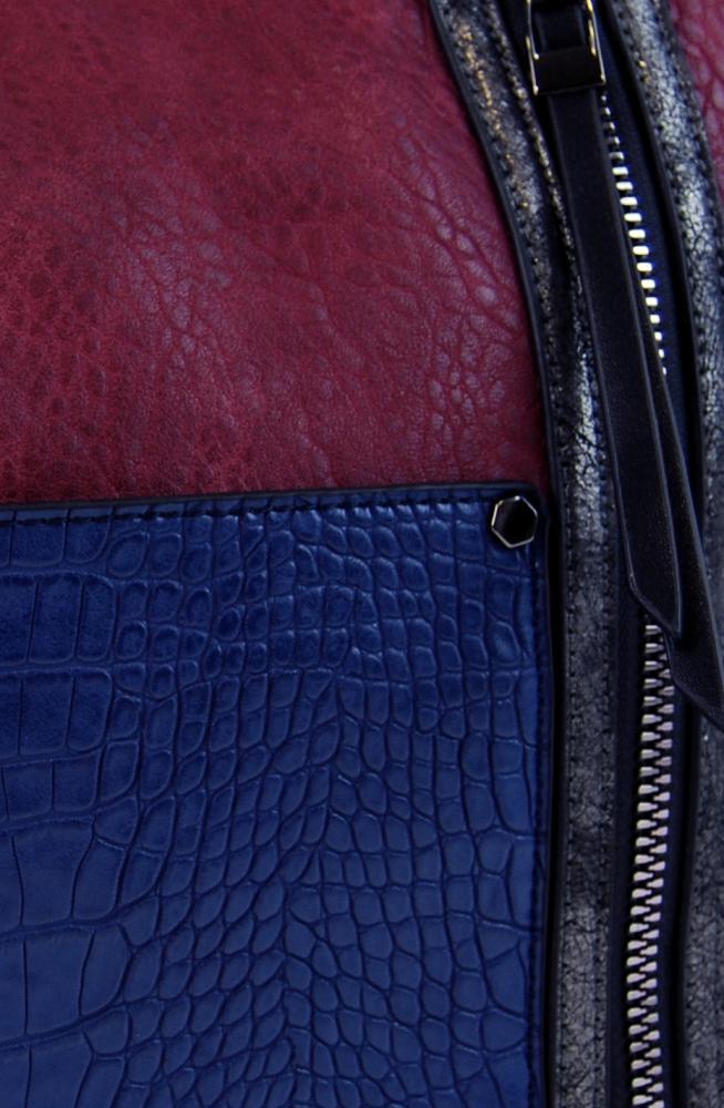 Dámská crossbody kabelka s čelní kroko kapsičkou F-014 vínová