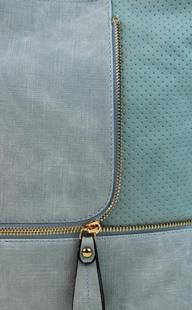 Módní crossbody kabelka se zlatými doplňky F1379 azurová