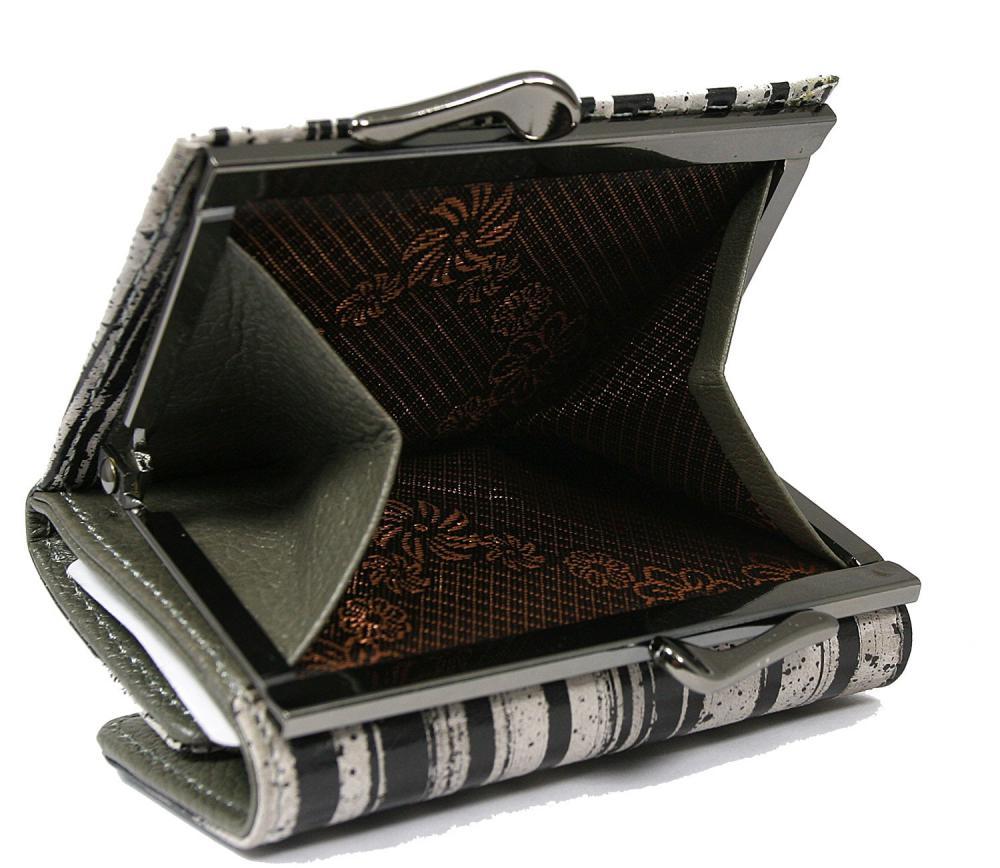Kožená malá dámská peněženka v krabičce Forever Young