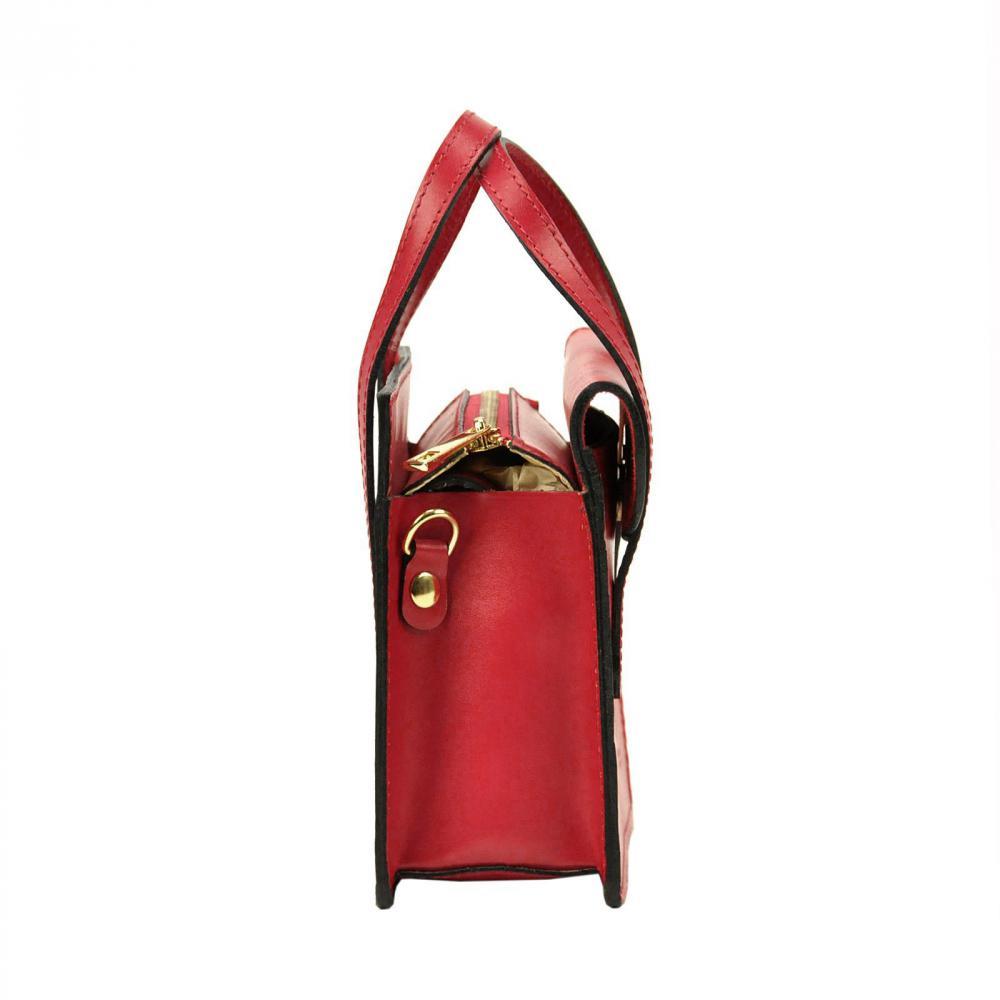 Kožená černá crossbody kabelka do ruky v minimalistickém designu Gregorio