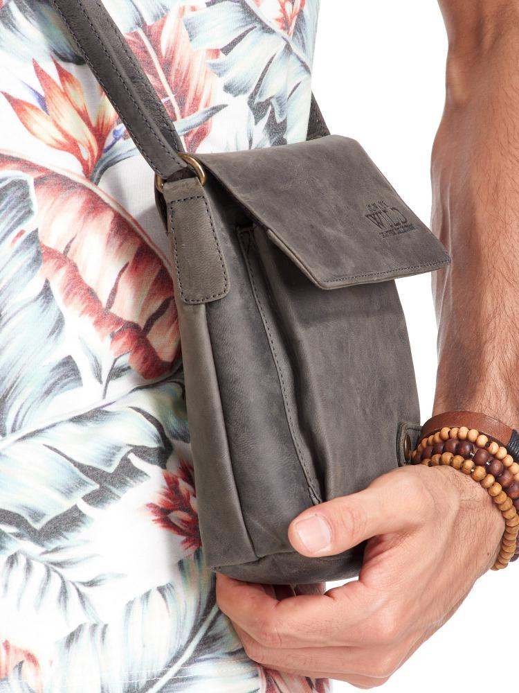 WILD Kožená pánská crossbody taška tmavě šedá 17x20x5 cm