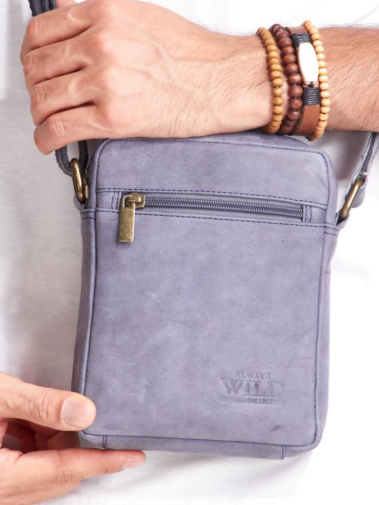 WILD Kožená pánska crossbody taška tmavo modrá 15x19x5 cm