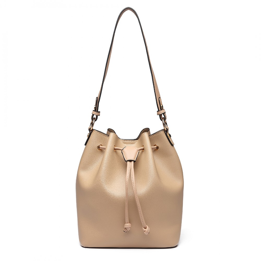 Marhuľová dámska moderná kabelka v tvare vaku Miss Lulu
