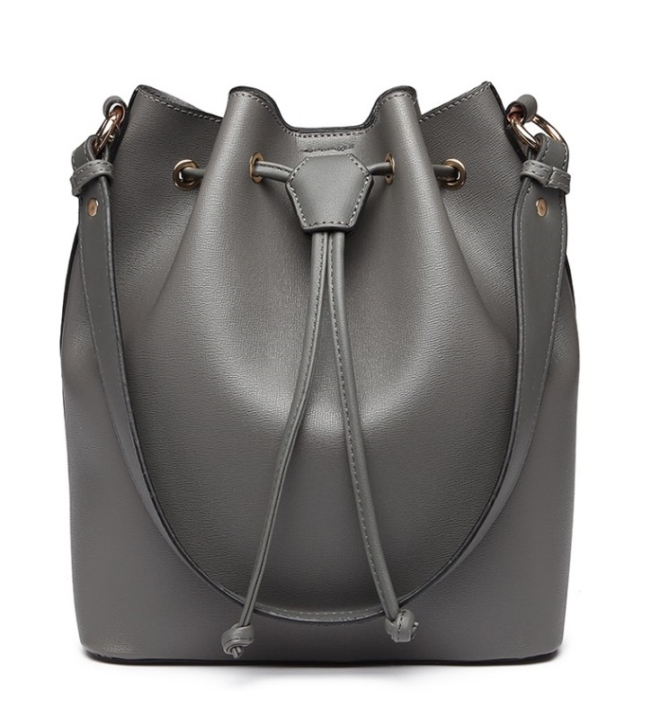 Šedá dámska moderná kabelka v tvare vaku Miss Lulu