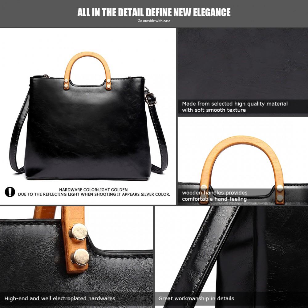 Černá moderní kabelka se dřevěnými uchy Miss Lulu