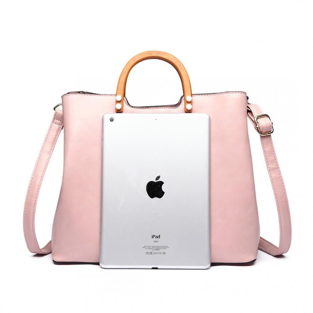 Růžová moderní kabelka se dřevěnými uchy Miss Lulu