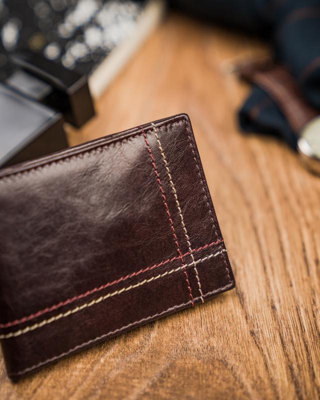 Kožená hnědá malá tenká peněženka pouze na karty RFID v krabičce ALWAYS WILD