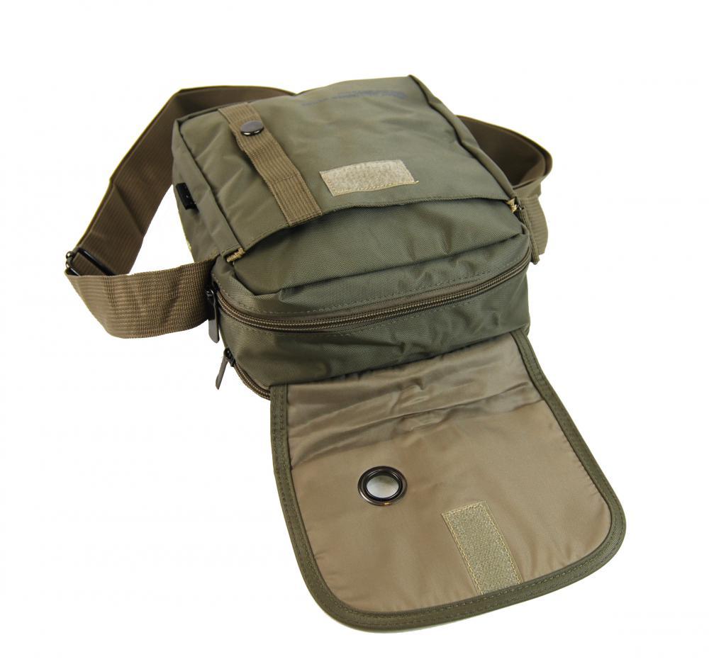 Menší pánská crossbody taška C52 vojenská khaki