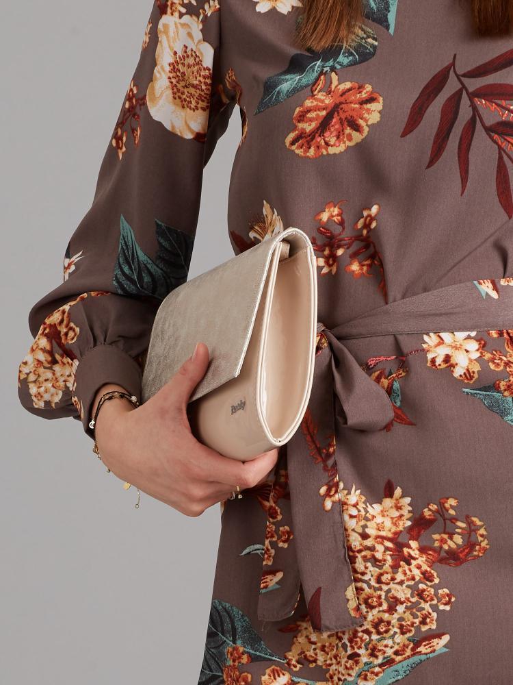 Púdrovo-zlatá lakovaná dámska listová kabelka W49 ROVICKY