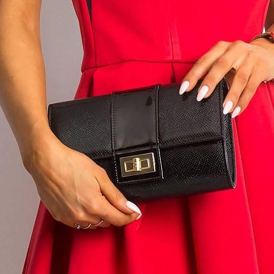 Čierna dámska listová kabelka hadí design W66 ROVICKY